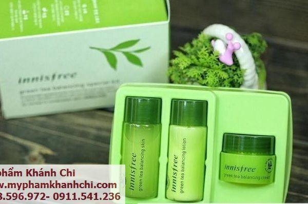 bo-kit-duong-da-green-tea-balancing-special-kit-innisfree-1m4G3-0272a0_simg_d0daf0_800x1200_max_result_result